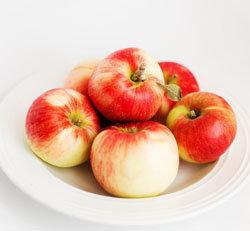Предпочтение отдавать цитрусовым, яблокам