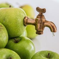 6. Натуральный яблочный сок