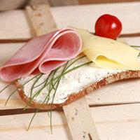 бутерброд с маслом и сыром