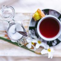 не добавлять сахар в чай и кофе