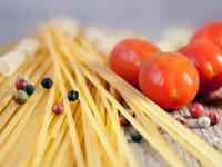 с употреблением пасты следует есть много салатов, овощей и фруктов
