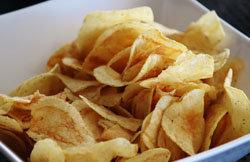 100 г чипсов