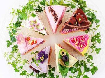 Кусочки салата-пирога