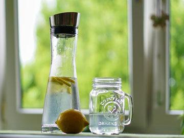 Лимонный детокс напиток