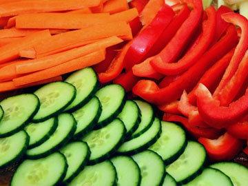 14. Творожный дип с овощами