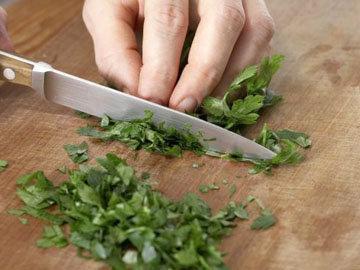 Эксклюзивный салат с красной капустой, грушей и горгонцолой 7