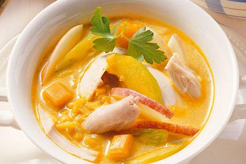 Вкусный куриный суп Mulligatawny