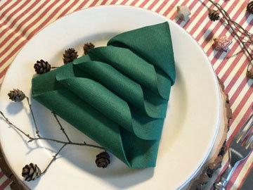 пара идей для красивого новогоднего стола 5