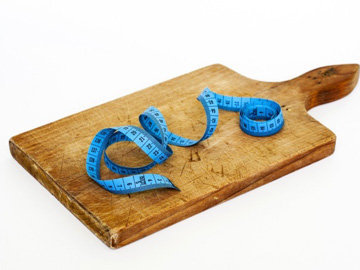 Пост означает жить с минимальным или нулевым количеством калорий