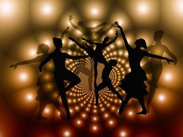 танцуй и пой