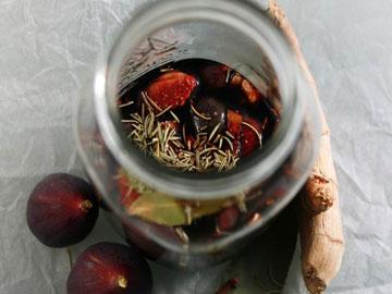 Избегайте готовой салатной заправки
