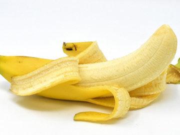 Бананы, творог и масло зародышей пшеницы для здоровых волос