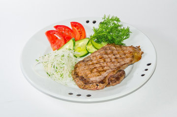 Курица с зелеными овощами
