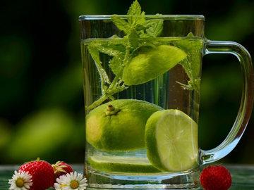 пить 2-3 л в день