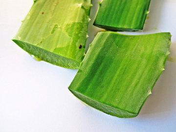 3. Зеленый сок с огурцом и алоэ вера