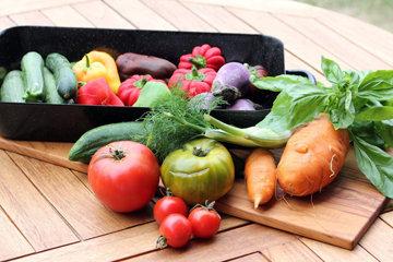 много овощей, мало фруктов