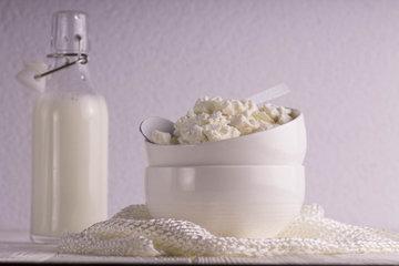 продукты, изготовленные из коровьего молока