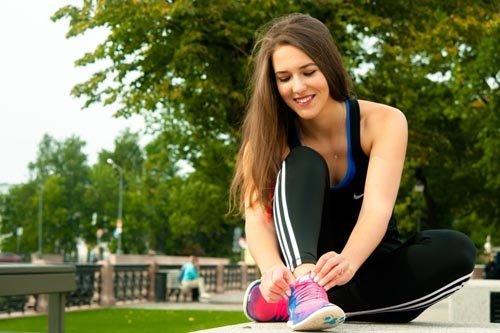 Занятие спортом в парке