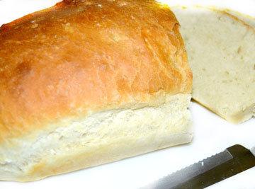 мало белого хлеба