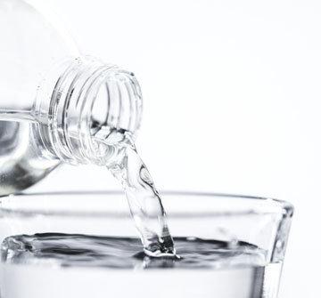 около 70% процентов фасциальной ткани - это вода