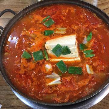 Белки из нежирного мяса или тофу