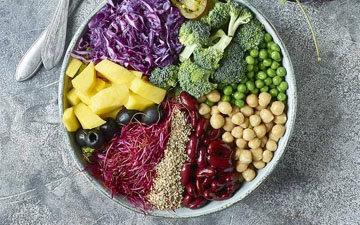 сбалансированное питание, богатое витаминами