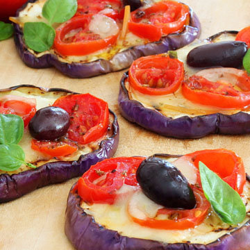 Пицца на овощах (баклажаны)