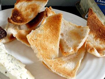 Melba-Toasts