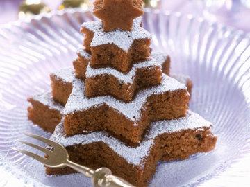Орехово-шоколадный новогодний торт без мастики