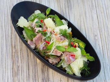 Вьетнамский салат с помело и тунцом