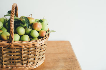 8. Яблоки