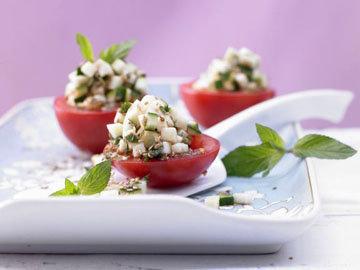 Фаршированные помидоры с цуккини