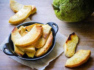 ломтики плода хлебного дерева