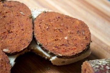 Постная чесночная колбаса 2