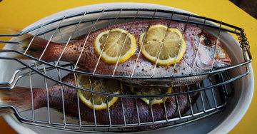 употреблять рыбу, приготовленную на гриле