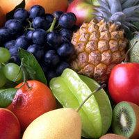 лучше есть сухофрукты, ягоды, фрукты