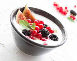 натуральный йогурт