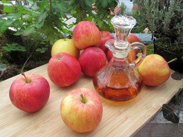 Яблочный уксус для освежающего массажа