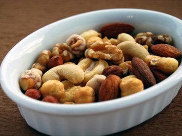 Орехи - идеальный перекус