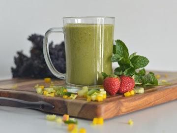 Пейте зеленые смузи