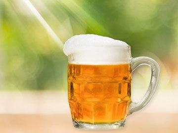 Маска из яйца и пива