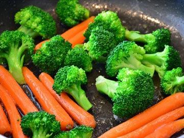 Употреблять много овощей