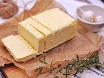100 г масла содержат около 750 килокалорий