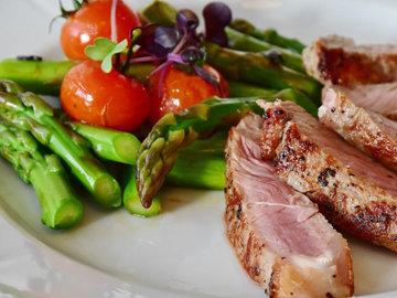 Рыба, мясо и молочные продукты потребляются осознанно, редко и гибк