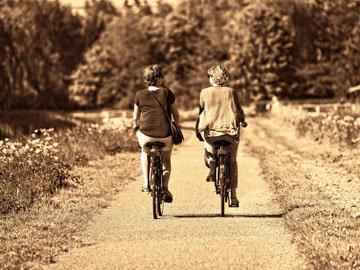 компенсировать длительное сидение с помощью упражнений