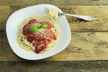 4. Выбирайте низкокалорийный соус для макарон