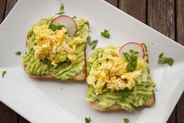 Паста для бутербродов из авокадо