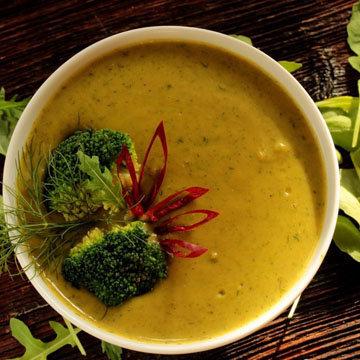 Рецепты низкокалорийных супов могут быть такие